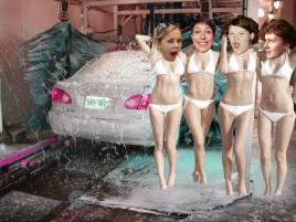 Henrike lässt ihr Auto Waschen